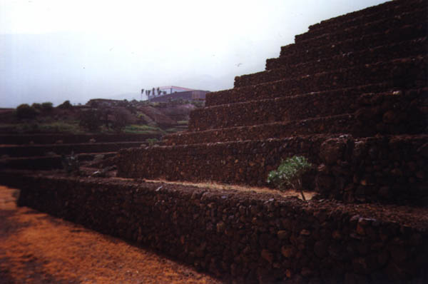 Piràmides de Gûimar: 2
